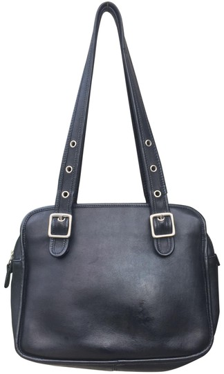 Preload https://item1.tradesy.com/images/coach-vintage-adjustable-straps-black-leather-satchel-23331280-0-1.jpg?width=440&height=440