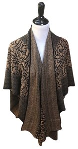 Cheryl Noalin Sweater wrap, beautifully designed, extremely warm,