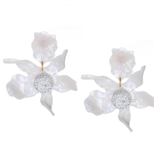 Lele Sadoughi White/ Mother Of Pearl Ivory Orchid Lily Earrings
