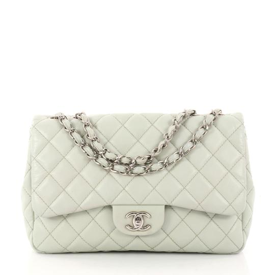 Preload https://item3.tradesy.com/images/chanel-classic-flap-vintage-classic-single-quilted-caviar-jumbo-gray-leather-shoulder-bag-23331382-0-0.jpg?width=440&height=440
