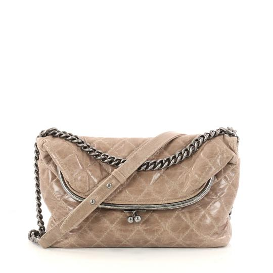 Preload https://item1.tradesy.com/images/chanel-tabatiere-kisslock-fold-over-quilted-aged-calfskin-medium-brown-leather-shoulder-bag-23331445-0-0.jpg?width=440&height=440