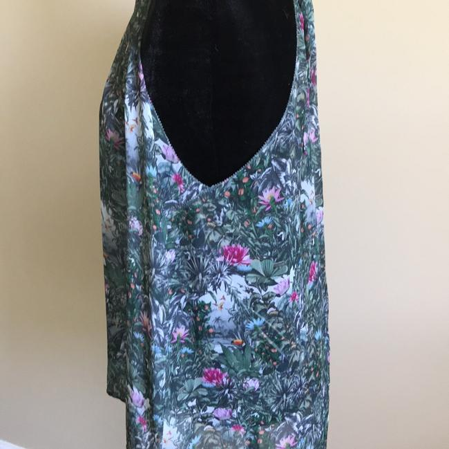 H&M's Top Green Floral