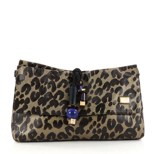Preload https://img-static.tradesy.com/item/23331539/louis-vuitton-nocturne-limited-edition-african-queen-leopard-leather-clutch-0-0-540-540.jpg