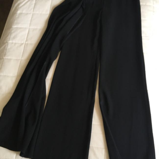 Preload https://item4.tradesy.com/images/chanel-pant-23331558-0-0.jpg?width=400&height=650