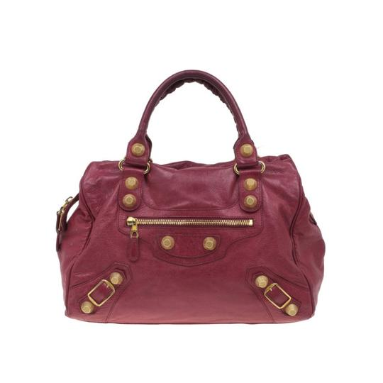 Preload https://item2.tradesy.com/images/balenciaga-lambskin-giant-city-red-fabric-and-leather-tote-23331621-0-1.jpg?width=440&height=440