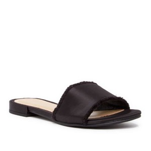 Chinese Laundry black Sandals