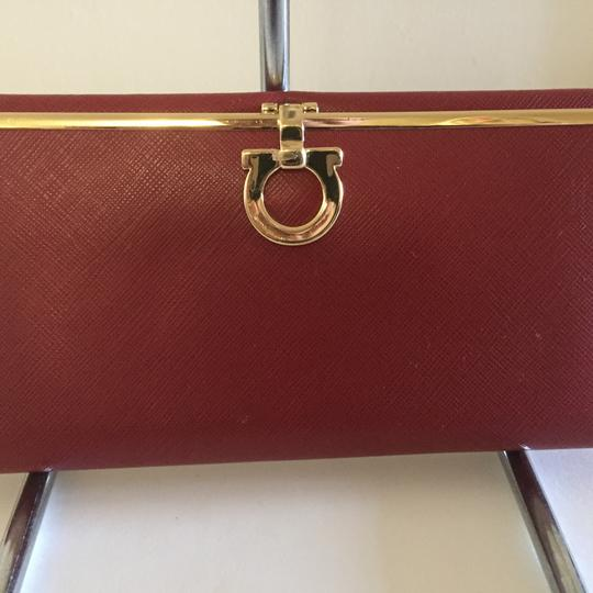 Preload https://item3.tradesy.com/images/salvatore-ferragamo-safiano-leather-red-large-wallet-23331907-0-0.jpg?width=440&height=440