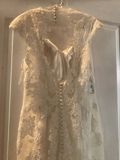 Sottero and Midgley Ivory Polyester Lace Gown Lara-lace Overlay Cap Color Vintage Wedding Dress Size 8 (M)