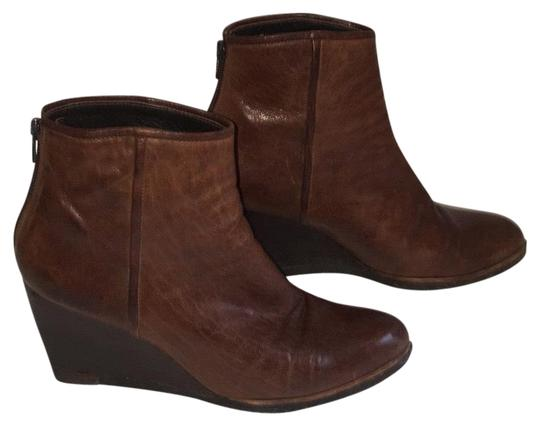 Preload https://item3.tradesy.com/images/stuart-weitzman-bark-brown-leather-wedge-ankle-bootsbooties-size-us-7-regular-m-b-23331952-0-1.jpg?width=440&height=440