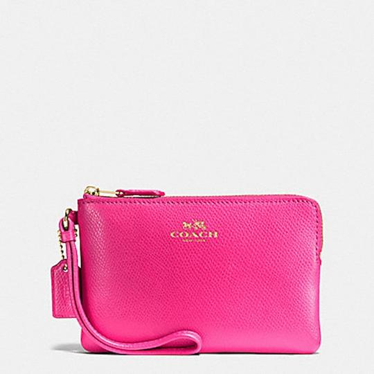 Coach New With Tags Wristlet in PINK RUBY