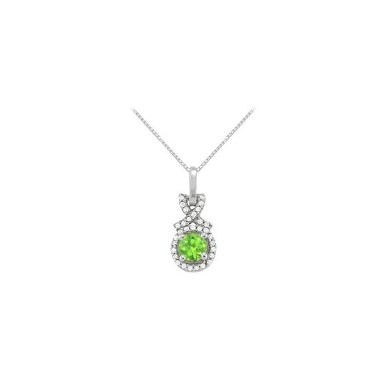 Preload https://img-static.tradesy.com/item/23332050/green-silver-august-birthstone-peridot-with-cz-halo-pendant-in-925-sterling-necklace-0-0-540-540.jpg