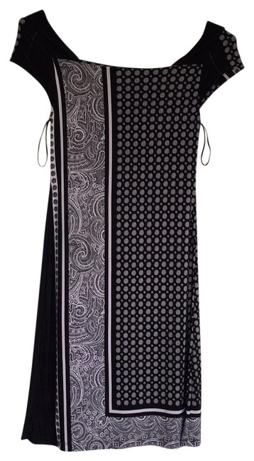 Preload https://item2.tradesy.com/images/style-and-co-black-and-white-circle-stripe-mid-length-cocktail-dress-size-4-s-23332161-0-1.jpg?width=400&height=650