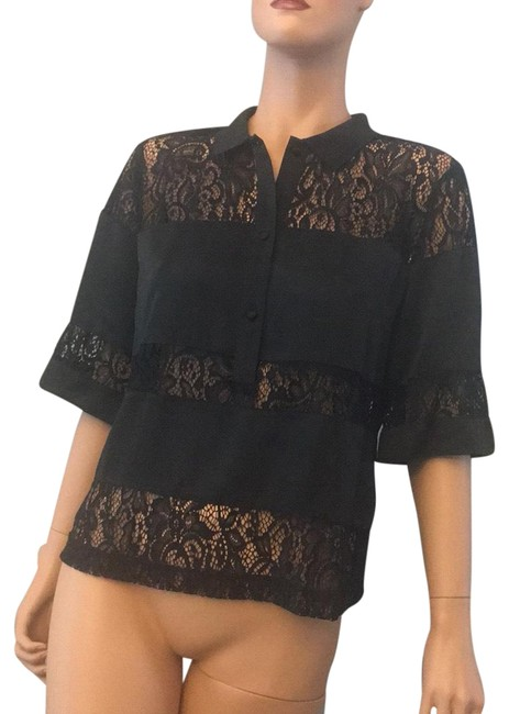 Preload https://item4.tradesy.com/images/guess-blouse-size-8-m-23332198-0-1.jpg?width=400&height=650