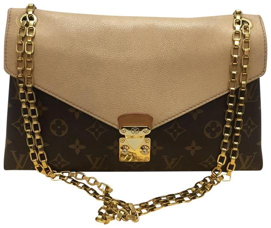 Preload https://item5.tradesy.com/images/louis-vuitton-pallas-chain-dune-discontinued-and-sold-out-brown-monogram-cross-body-bag-23332319-0-1.jpg?width=440&height=440