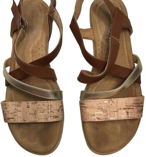 Preload https://item2.tradesy.com/images/naturalizer-gold-and-cork-natural-soul-sandals-size-us-95-regular-m-b-23332356-0-1.jpg?width=440&height=440