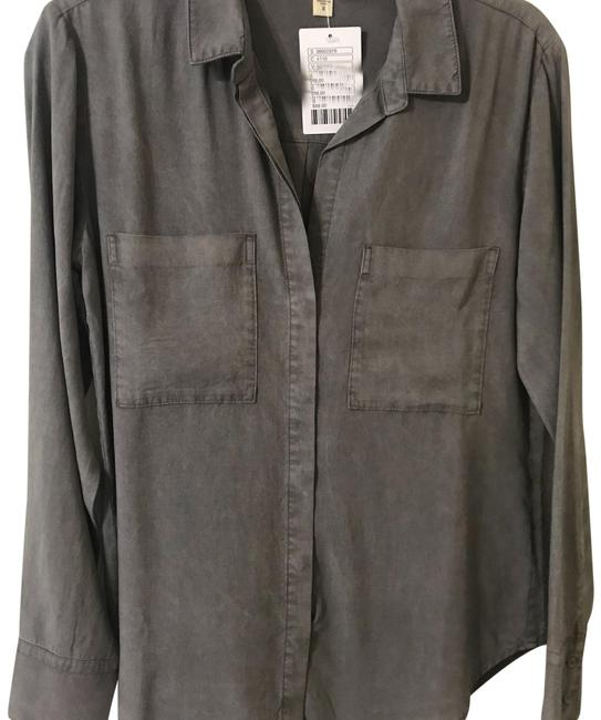 Preload https://item2.tradesy.com/images/anthropologie-grey-c2874-654-372-button-down-top-size-6-s-23332406-0-1.jpg?width=400&height=650