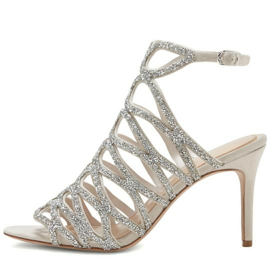 Preload https://img-static.tradesy.com/item/23332630/imagine-by-vince-camuto-silver-and-ivory-plash-formal-shoes-size-us-10-regular-m-b-0-1-540-540.jpg