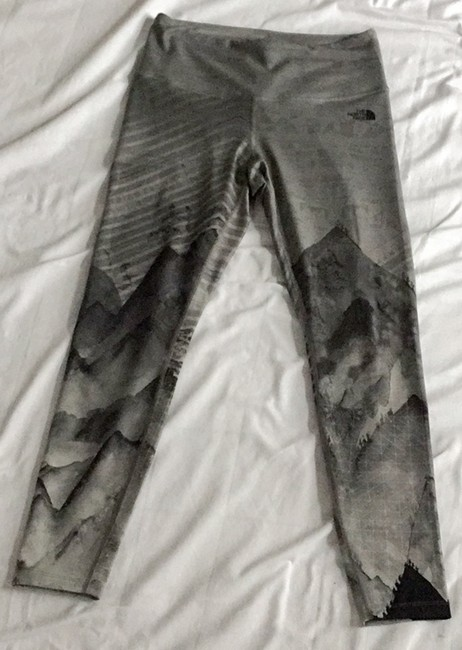 The North Face Print Crop Black Grey Leggings