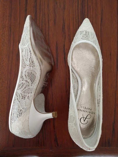 Adrianna Papell Ivory Darcy Lace Heels Formal Size US 8.5 Regular (M, B)