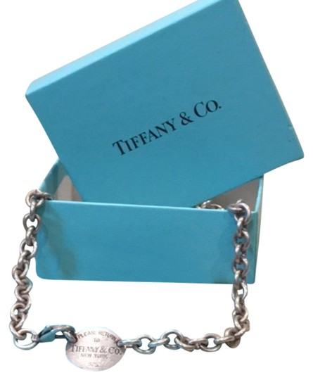 Preload https://img-static.tradesy.com/item/23332666/tiffany-and-co-silver-return-to-necklace-0-1-540-540.jpg