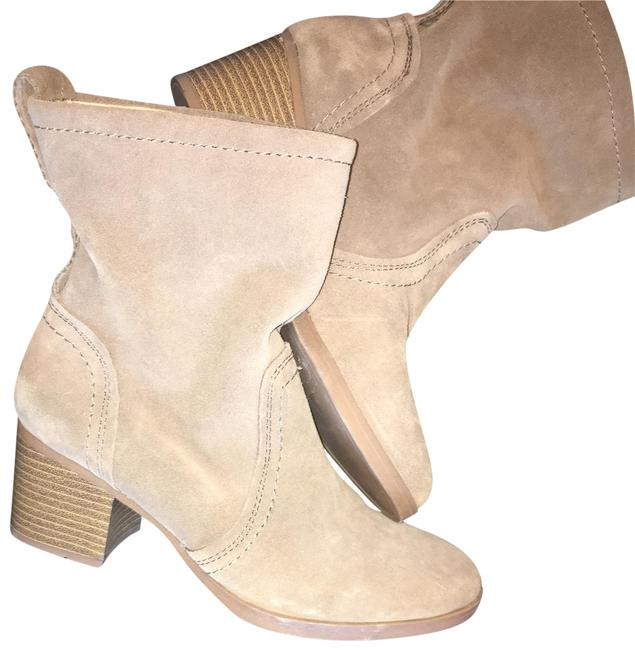 White Mountain Beige Blocked Heeled Boots/Booties Size US 7.5 Regular (M, B) White Mountain Beige Blocked Heeled Boots/Booties Size US 7.5 Regular (M, B) Image 1