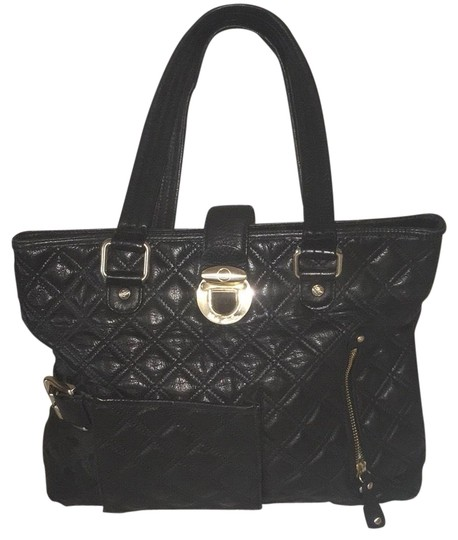 Preload https://img-static.tradesy.com/item/23332708/kate-landry-collection-black-gold-cowhide-leather-tote-0-1-540-540.jpg