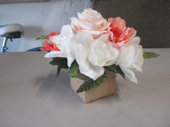 Ivory & Blush 10 Burlap Containers Centerpiece