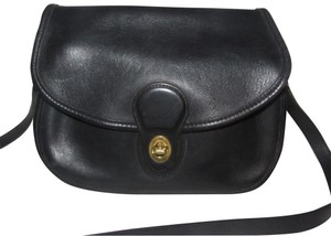 Coach Mint Vintage Early Style Unique Fold-over Top 'legacy' Line Body/Shoulder Cross Body Bag