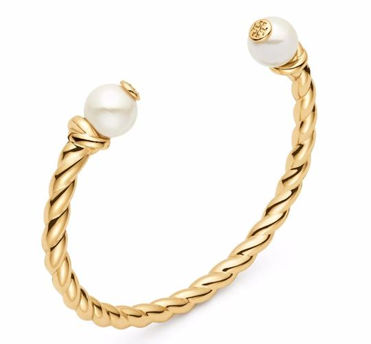 Preload https://item1.tradesy.com/images/tory-burch-gold-rope-logo-bead-cuff-bracelet-23332805-0-0.jpg?width=440&height=440