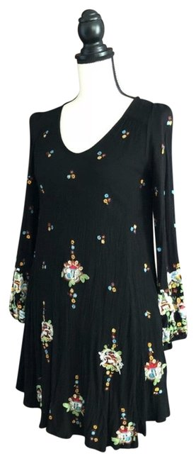 Preload https://item3.tradesy.com/images/free-people-black-oxford-embroidered-mini-short-casual-dress-size-2-xs-23332907-0-1.jpg?width=400&height=650