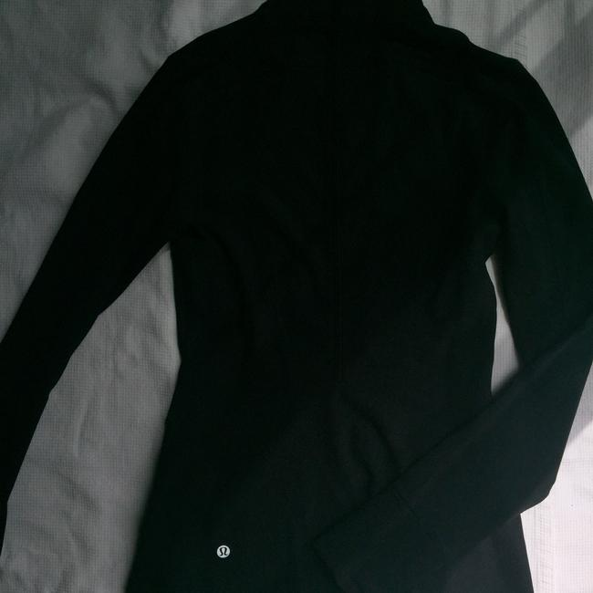Lululemon black jacket yoga new with out tags