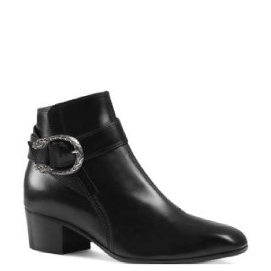 Preload https://item2.tradesy.com/images/gucci-dionysus-leather-ankle-women-bootsbooties-size-eu-40-approx-us-10-regular-m-b-23333751-0-0.jpg?width=440&height=440
