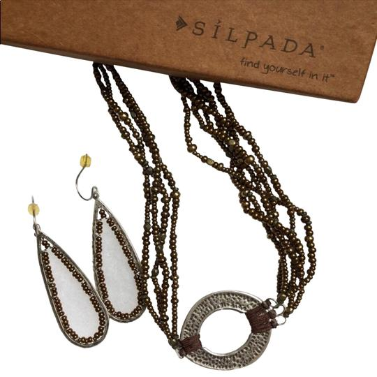 Preload https://img-static.tradesy.com/item/23333784/silpada-brown-beaded-necklace-and-earring-set-0-1-540-540.jpg