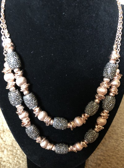 Carol Dauplaise Brand New gorgeous Sparkling Double-layer necklace!
