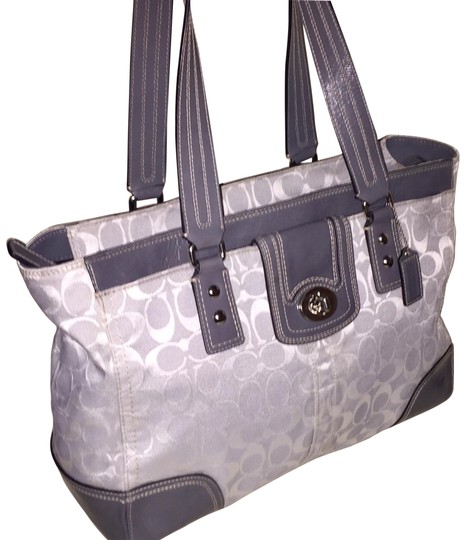 Preload https://item4.tradesy.com/images/coach-hampton-signature-c-s-large-silver-and-grey-canvas-patent-leather-tote-23333863-0-3.jpg?width=440&height=440