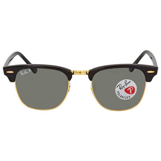 Preload https://item1.tradesy.com/images/ray-ban-black-clubmaster-green-classic-g-15-rb3016-90158e-sunglasses-23333940-0-0.jpg?width=440&height=440