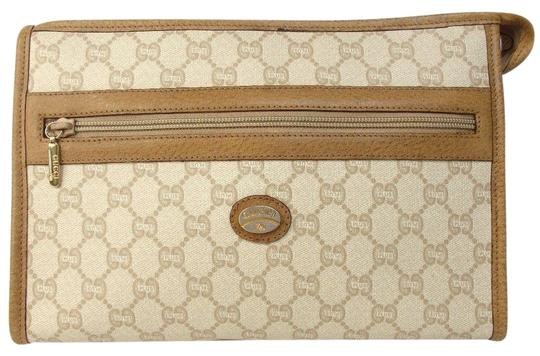 Preload https://img-static.tradesy.com/item/23333956/gucci-cosmetic-beige-coated-canvas-leather-clutch-0-1-540-540.jpg