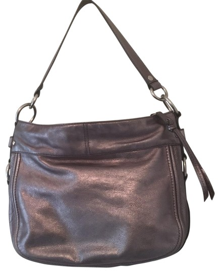Preload https://item5.tradesy.com/images/coach-unknown-silver-leather-hobo-bag-23334004-0-2.jpg?width=440&height=440