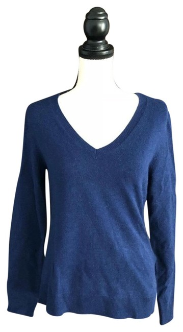 Preload https://item1.tradesy.com/images/lord-and-taylor-cashmere-v-neck-blue-sweater-23334045-0-1.jpg?width=400&height=650