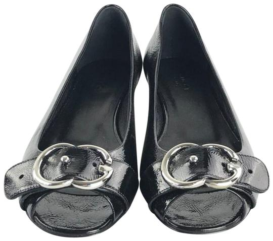 Preload https://item3.tradesy.com/images/gucci-black-patent-leather-with-peep-toe-flats-size-eu-385-approx-us-85-regular-m-b-23334057-0-1.jpg?width=440&height=440