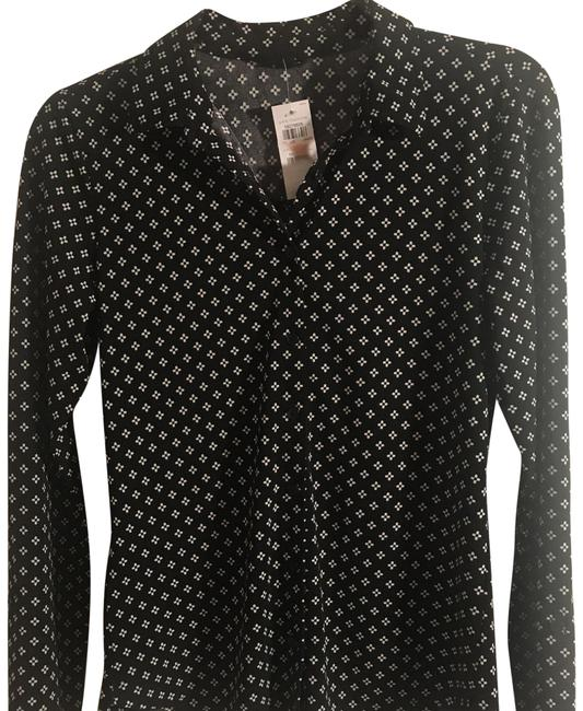 Preload https://item3.tradesy.com/images/ann-taylor-black-364582-button-down-top-size-0-xs-23334287-0-1.jpg?width=400&height=650