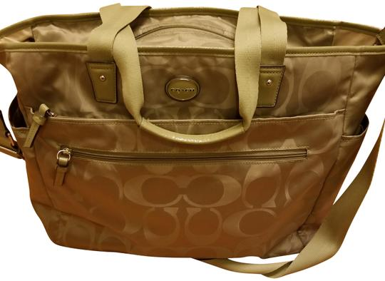Preload https://item1.tradesy.com/images/coach-zip-olive-green-nylon-diaper-bag-23334295-0-1.jpg?width=440&height=440