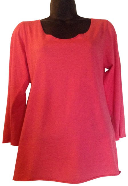 Preload https://item2.tradesy.com/images/coral-the-essential-tee-shirt-size-8-m-23334381-0-1.jpg?width=400&height=650