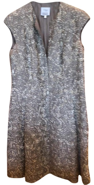 Preload https://img-static.tradesy.com/item/23334434/akris-punto-grey-with-beige-accents-a-line-mid-length-workoffice-dress-size-14-l-0-1-650-650.jpg