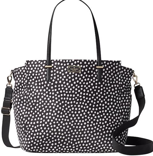 Preload https://img-static.tradesy.com/item/23334478/kate-spade-kaylie-polka-dot-nylon-diaper-bag-0-1-540-540.jpg