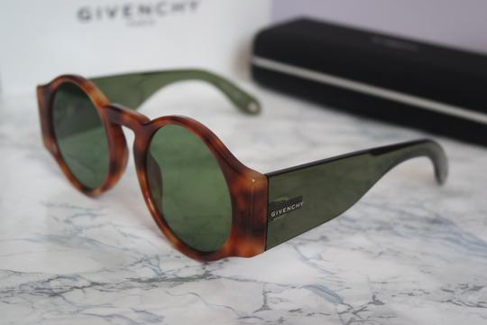 Givenchy NEW Givenchy Sunglasses Gv 7056/S Round Green Brown Lens Circle