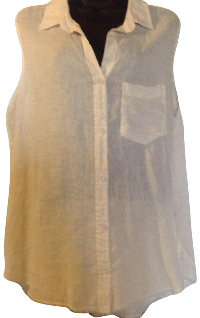 Preload https://item5.tradesy.com/images/natural-button-down-top-size-16-xl-plus-0x-23334619-0-1.jpg?width=400&height=650