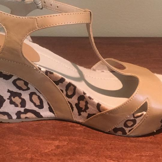 Kenneth Cole Reaction Natural Wedges