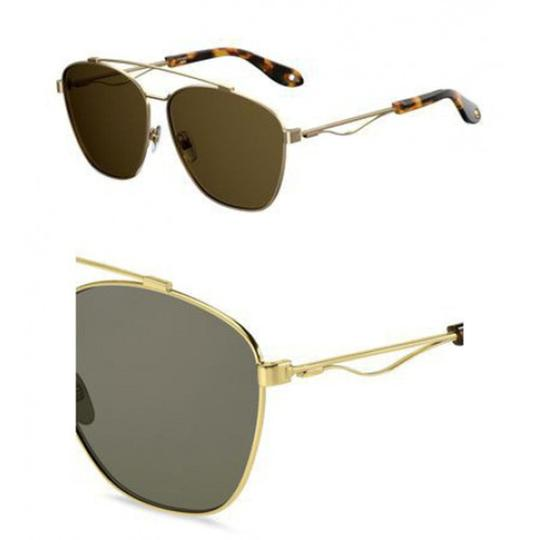 Preload https://item5.tradesy.com/images/givenchy-gold-new-7049s-oversized-double-bridge-aviator-sunglasses-23334669-0-0.jpg?width=440&height=440
