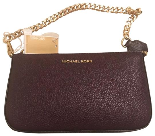 Preload https://item4.tradesy.com/images/michael-kors-pouchclutch-purple-leather-clutch-23334683-0-1.jpg?width=440&height=440
